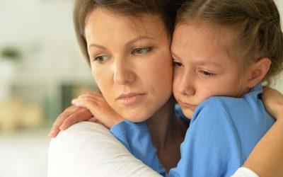 Sans soutien, épuisée par ma fille autiste et confinée, comment tenir ?