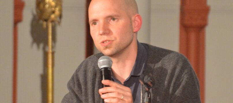 Martin Steffens lors d'une conférence avec la Fondation OCH
