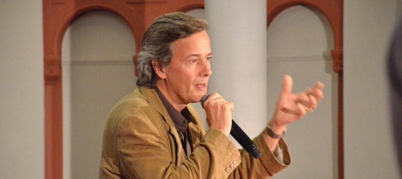 Laurent de Cherisey lors de sa conférence avec la Fondation OCH