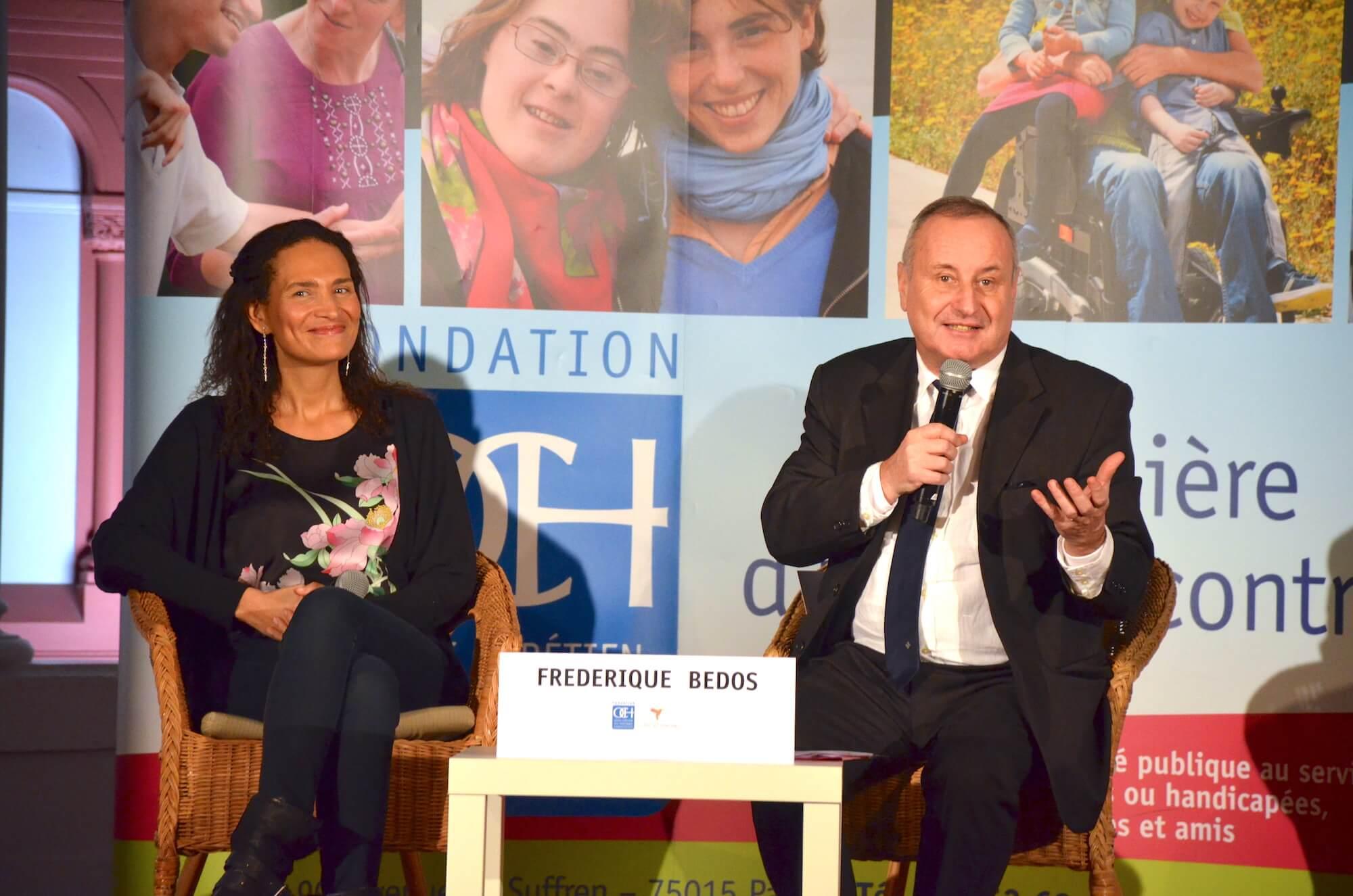Frédérique Bedos et Philippe de Lachapelle en conférence pour l'OCH