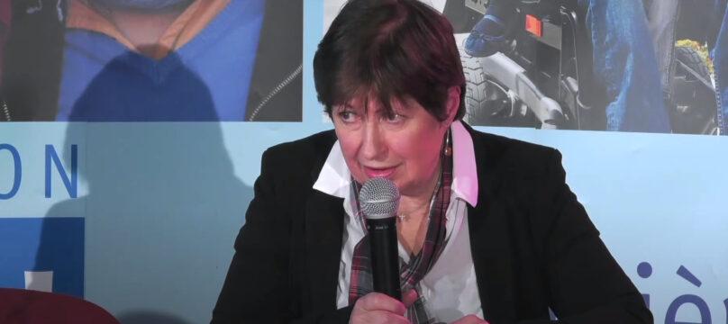 Monique Durand-Wood pendant une conférence organisée par l'OCH